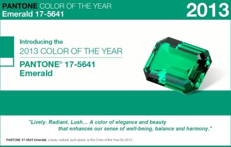 PANTONE 17-5641 Emerald