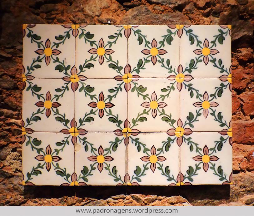 Azulejos padronagens afins for Fabrica de azulejos